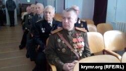 Собрание ветеранов, вручение медали в честь сталинского юбилея