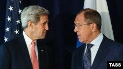 Джон Керрі (л) і Сергій Лавров (архівне фото)