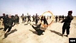 İraq Xüsusi Əməliyyat Qüvvələrinin təlimindən foto