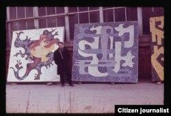 """Mozaika yaratilish jarayoni haqidagi bu rasm Toshkentdagi """"mozaika"""" guruhi yetakchisi Emir Sharifullin arxividan olindi"""