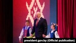 Аляксандр Лукашэнка на ўрачыстым сходзе, 2 ліпеня 2019 года