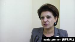 Депутат от правящей партии Карине Ачемян, Ереван, 10 ноября 2017 г.
