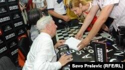 Ljosa sa crnogorskim fanovima