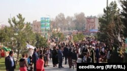 Народные гуляния на «Навруз» в Самарканде. Иллюстративное фото.
