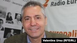 Vlad Spânu în studioul Europei Libere la Chișinău în 2013