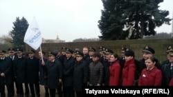 """Пикет в защиту """"Трансаэро"""" (Петербург, 8 ноября 2015 года)"""