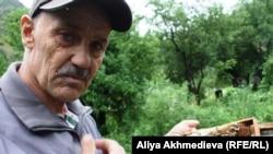 «Орта Тентек» ара шаруа қожалығының басшысы Владимир Юндт. Алматы облысы, 4 шілде 2011 жыл.