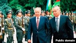 Heydər Əliyev və İslam Kərimov