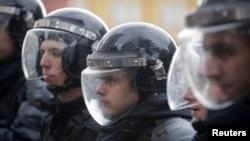 Паліцыя на акцыі пратэсту прыхільнікаў Аляксея Навальнага ў Маскве 7 кастрычніка