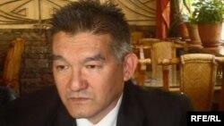 Cүлеймен Шаткам, Германияның Мюнхен қаласында тұратын қазақ азаматы.