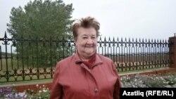 Альта Мәхмүтова (1937-2021)