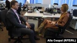 Viorel Girbu în discuție cu Alla Ceapai