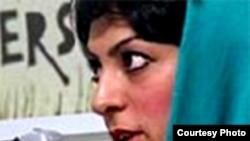 شيوا نظر آهاری، يکی از فعالان حقوق بشر که در ايران زندانی است،