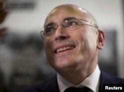 Михаил Ходорковский на пресс-конференции в Берлине 22 декабря 2013 года.