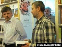 Ян Максімюк і Ігар Бабкоў (ззаду – Уладзімер Арлоў), «логвінаЎ», 6 верасьня 2011