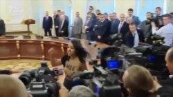Відэа: Аголеная жанчына — Лукашэнку: «Жыве Беларусь!» і «Стоп дыктатуры»