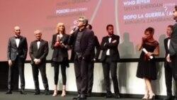 سخنان محمد رسولاف در هنگام دریافت جایزه بهترین فیلم بخش «نوعی نگاه» در جشنواره کن