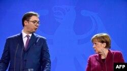 Altman: Zvanični Berlin doživljava Vučićevu politiku kao racionalnu (na fotografiji: Aleksandar Vučić i Angela Merkel, Nemačka)