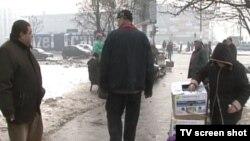 Ulična prodaja jedini je način preživljavanja mnogih siromašnih građana.