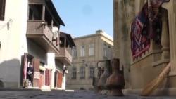 Azərbaycana gələn turistlərin sayı yarıbayarı azalıb