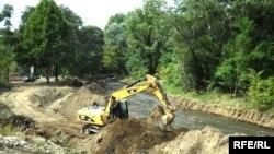 ავტომაგისტრალის მშენებლობა მდინარე ვერეს ხეობაში