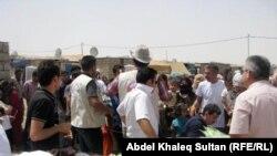 مخيم دوميز وحركة نشطة لمساعدات العيد