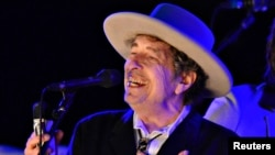 Боб Дилан на концерте в британском графстве Кент, 2012 год