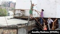 Разрушение старого здания в Баку, 25 сентября 2012