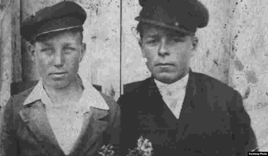 There are very few Ukrainians whose families were unaffected by World War II, which brought first the German occupation and then brutal fighting as the Soviet Army pushed its way back west. Mykola Chaban, an ethnographer in Dnipropetrovsk, was named in memory of his uncle (left), who was killed at age 17 just days after being forced into military service. His mother found the meat pies she had baked for him still tucked in his pocket.
