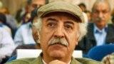 حافظ موسوی معتقد است در شعری که سالهای اخیرمنتشر میشود،نمودهای اجتماعی-سیاسی و توجه به بیرونوامر اجتماعی بیشتر به چشم میخورد.