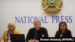 Адвокаты председателя Союза журналистов Казахстана Сейтказы Матаева.