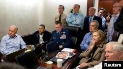 Бен Ладеннің өлімі жайлы хабарды Ақ үйдің естуі. АҚШ, 1 мамыр 2011 жыл.