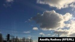 Günəşli gün (arxiv fotosu)