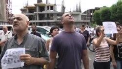 «Պրիվե՛տ, Ռոբ» ակցիայի մասնակիցները տապալեցին Ռոբերտ Քոչարյանի ասուլիսը