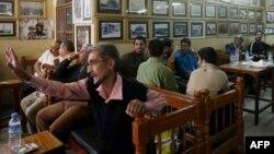 Ирак зиялылары мен ақындары жиналатын кафе. Бағдат. (Көрнекі сурет)