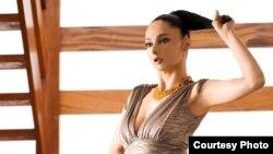 سوفیا نوشین، مدل ایرانی ساکن لندن