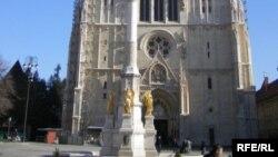 Godišnje se na vjerske zajednice izdvaja oko 120 milijuna eura, od toga 95 posto na Katoličku crkvu (Foto: Katedrala u Zagrebu)