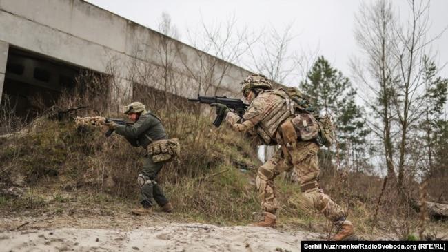 Навчання 130-го батальйону територіальної оборони Солом'янського району Києва