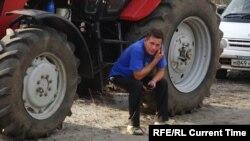 """Участник """"тракторного марша"""" кубанских фермеров"""