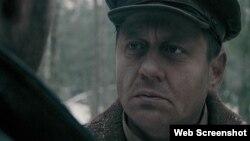 Кадар з фільму «Трэба жыць» Аляксея Туровіча