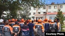 Рабочие компании «Шубарколь комир», приостановившие работу на карьерах. Карагандинская область, 6 июля 2019 года.