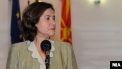 Директорката на Директоратот за проширување на ЕУ за Македонија, Александра Кас Грање.