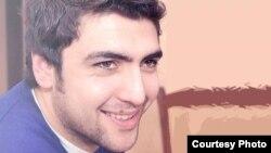 Әзербайжанық жастар белсендісі әрі блогер Заур Қурбанлы. Баку, 30 қыркүйек 2012 жыл.