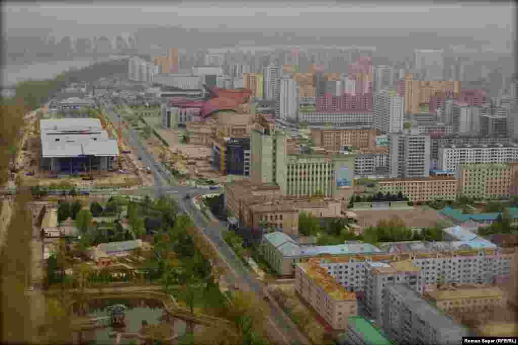 Пхеньян не сразу строился