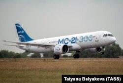Летные испытания МС-21: этот самолет прилетел из Иркутска в Жуковский, июль 2018 года