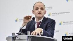 При цьому в комісії рекомендували урядові розглянути питання щодо Олександра Лінчевського й ухвалити рішення