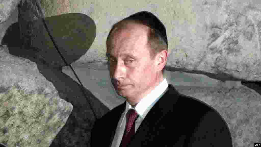 Посещение мемориала памяти жертв Холокоста Яд Вашем в Иерусалиме. Апрель 2005 года.