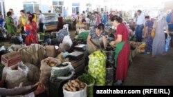 Türkmenabadyň bazary