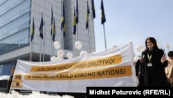 Na Dan žena u BiH, 8. mart 2012. - ilustracija