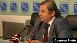 Председатель Госкомитета информации и печати Южной Осетии Вячеслав Гобозов